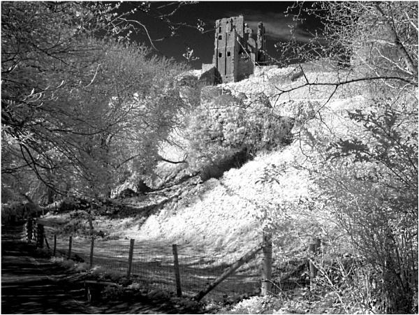 Corfe Castle IR by conrad