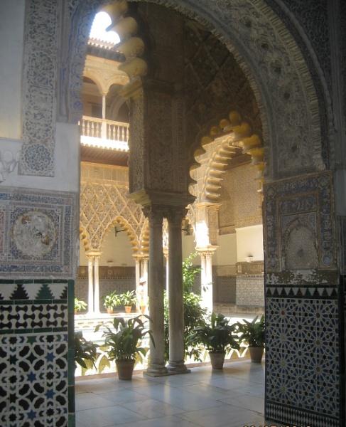 Alcazar Palace by freckleface1