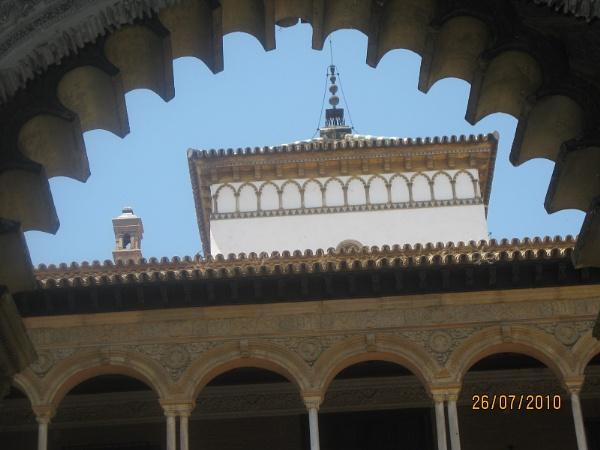 Alkazar Arches by freckleface1