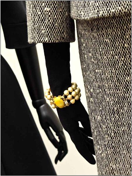 f f f Fashion ................. by SlowSong