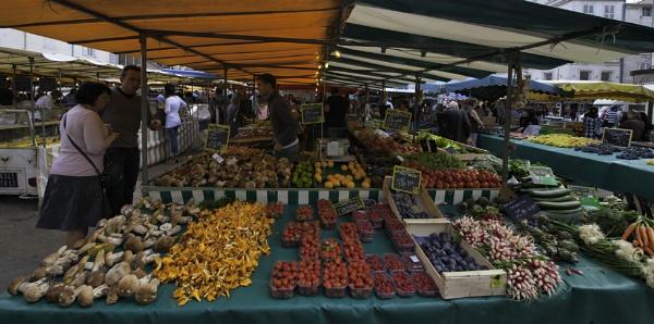 Market in La Rochelle by annettep38