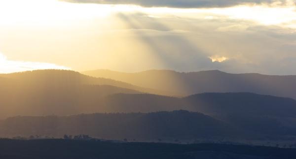 Sun rays by Toni29