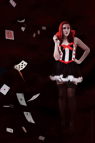 Queen of Hearts by AnnoraWillow