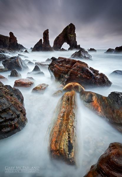 Crohy Head Sea Arch by garymcparland