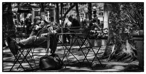 Manhattan Snooze by ANNIEKERR