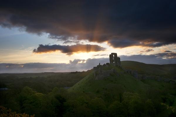 Corfe castle sunrise by rjlaker
