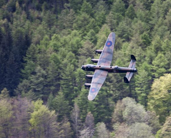 Lancaster bomer by khp