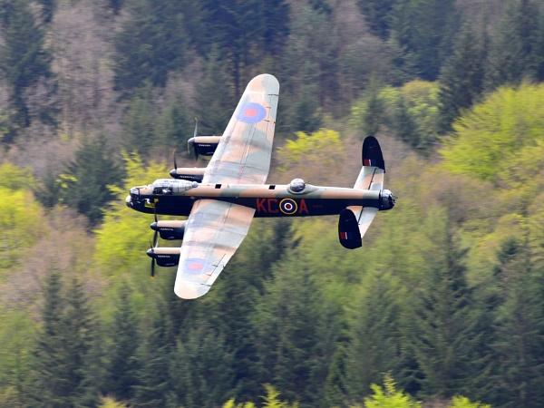 Lancaster flypast by kojak