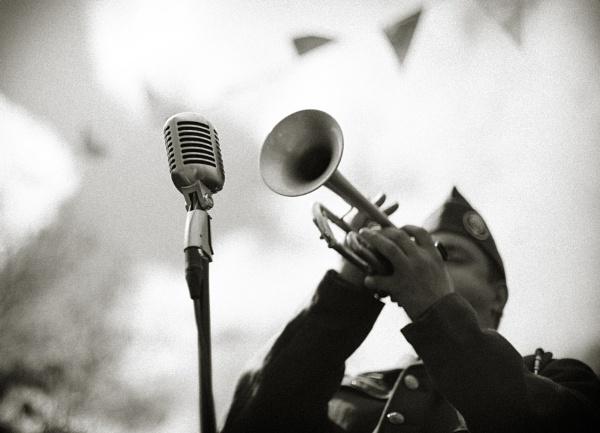 Blow by backbeat