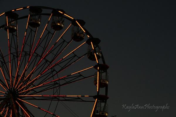 Ferris Wheel by kayla_ann