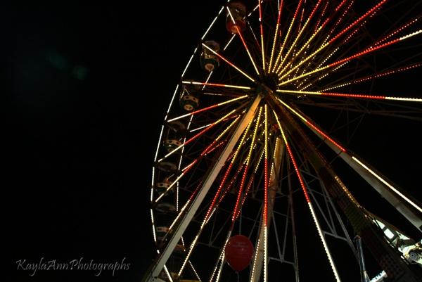Ferris Wheel 2 by kayla_ann