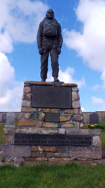 Tribute memorial by bonniescot