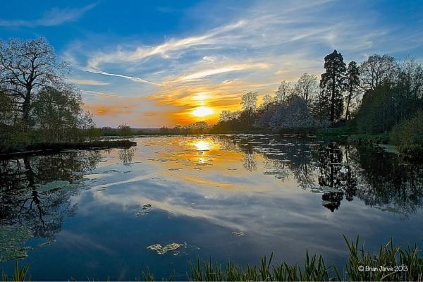 Sunset Lake Reflection by Kentoony