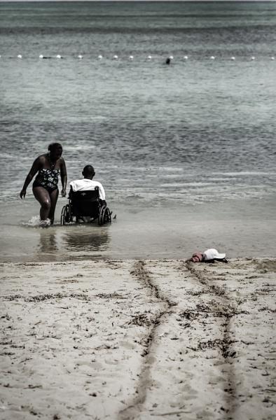 Tracks on the Beach by JohnnyG