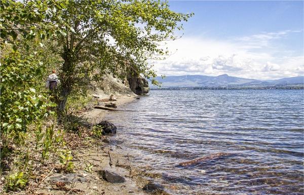 Okanagan Lake by Daisymaye