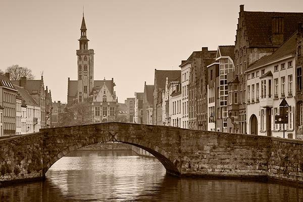 Sleepy Brugge by Slawek_Staszczuk
