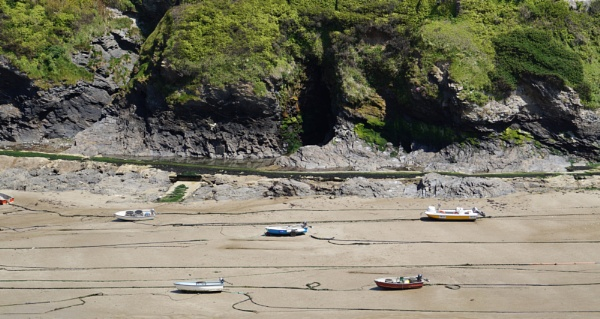 Port Issac little boats by Davlaw