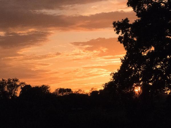 Sunset over Roade No2 by jaydeef