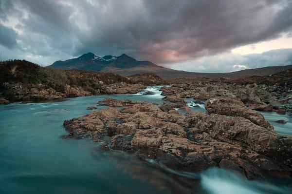 Skye Falls by den12386