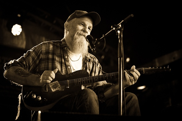 Seasick Steve by Zoundz