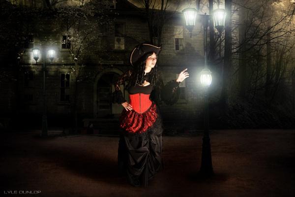 Midnight Stroll by mapper