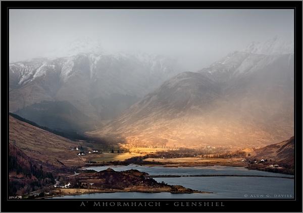 The Road to the Isles by Tynnwrlluniau