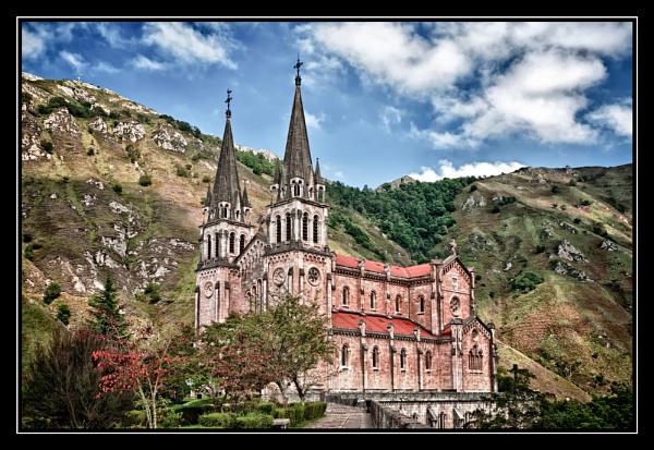 Sanctuario de Covadonga by PhilNewberry
