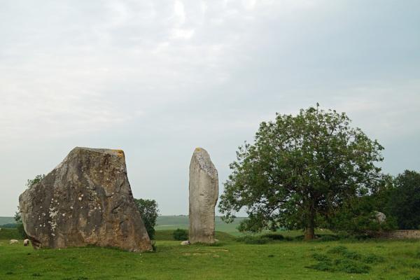 avebury stones by Davlaw