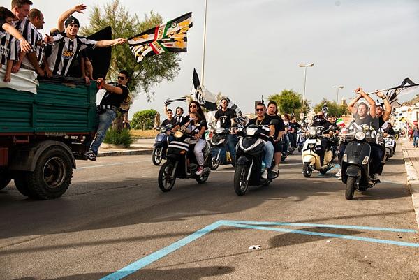 Juventus fans in Sicily celebrate (May 2013) by mugshotmyk