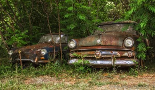 Two old wrecks by Mackem