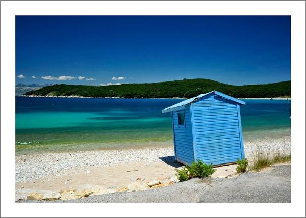 Beach Blues by petejeff