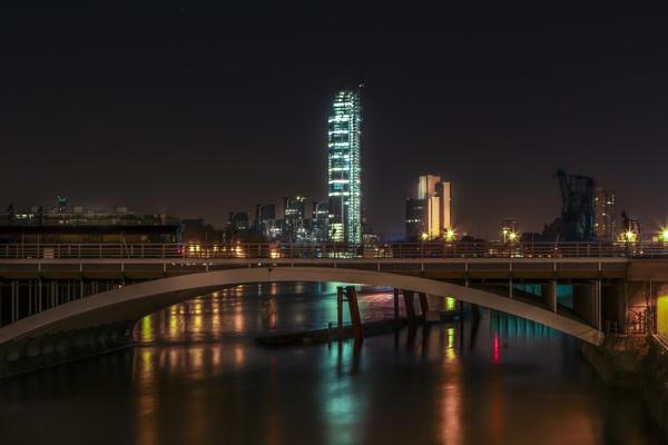 London Nights by bigstorks