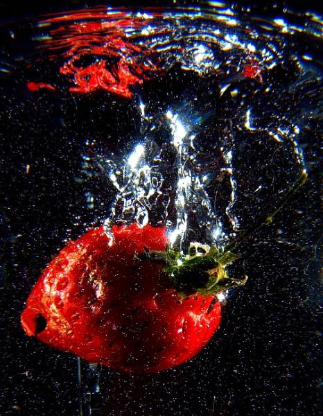 Strawberry juice by turniptowers