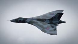 Vulcan 'v' Bomber