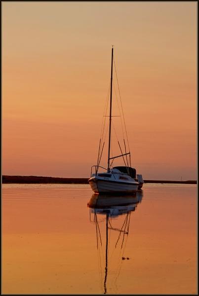 adrift by bumbleb3