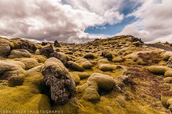 Mossy lava field by Scutter