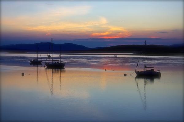 Peace on the Loch by altosaxman