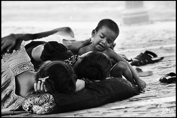 When it comes to love, Mom\'s the word. by pankaj_dutta