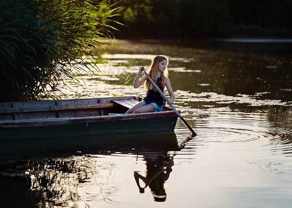 Enchanted river by ZanetaFrenn