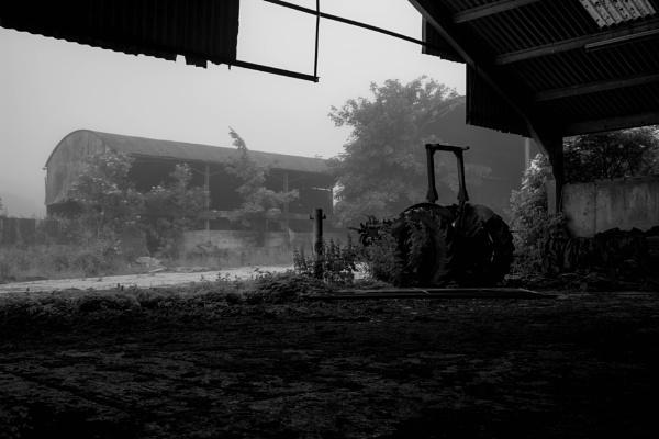 The old farm by GavF