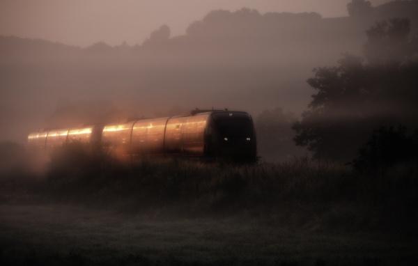 Morning train by mlseawell