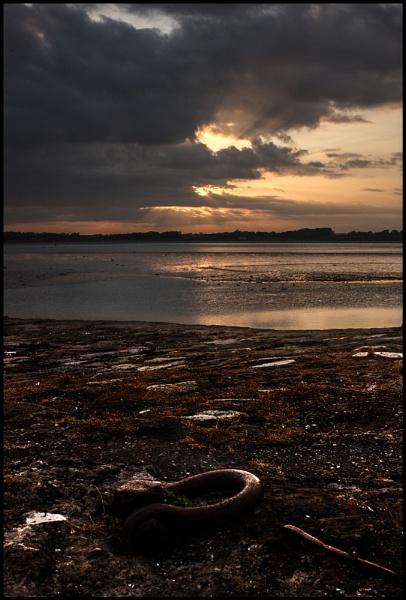 Menai Sunset. by Niknut
