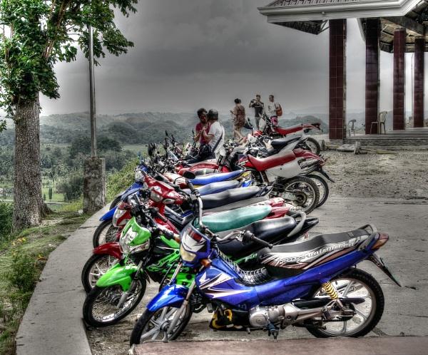 Bikes Chocolate Hills Bohol by Hamlin