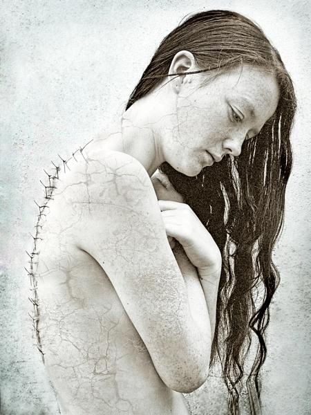 Dysmorphia... by Syren