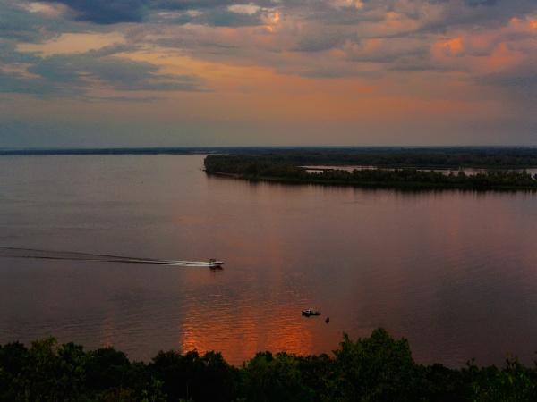 Evening on the Volga river by ValeryAst