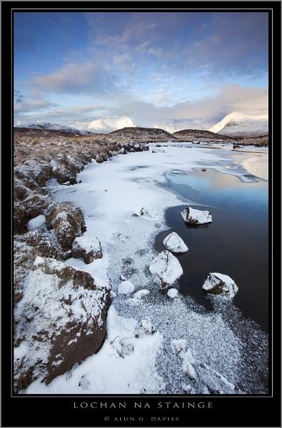 On thin ice ...... by Tynnwrlluniau