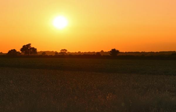 Sunset Over Waddington by Fefe