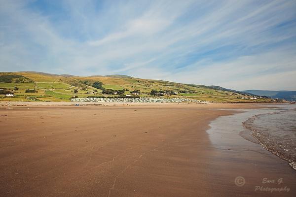 Beach by EwaG