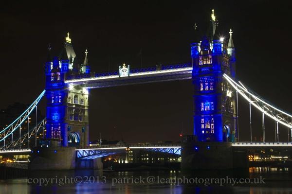 Tower Bridge... by pdjbarber