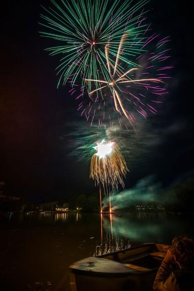 Kingsbridge Fair Fireworks by jer